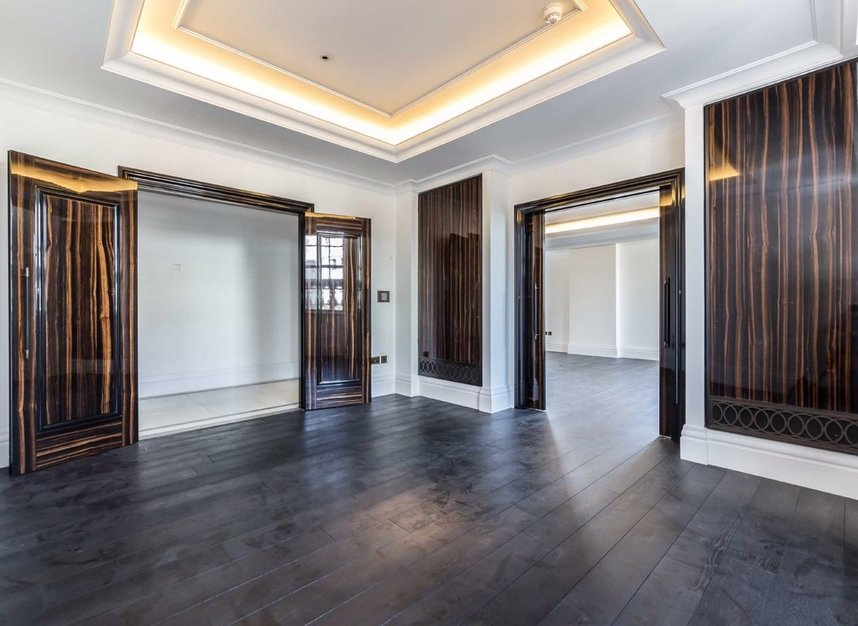 Properties to let in Whitehall Place - SW1A 2BD view4