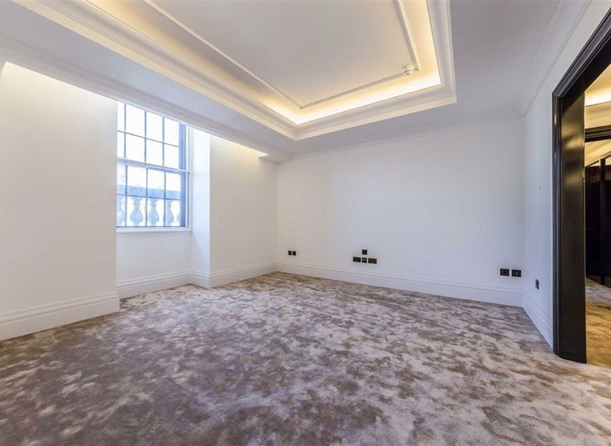 Properties to let in Whitehall Place - SW1A 2BD view7