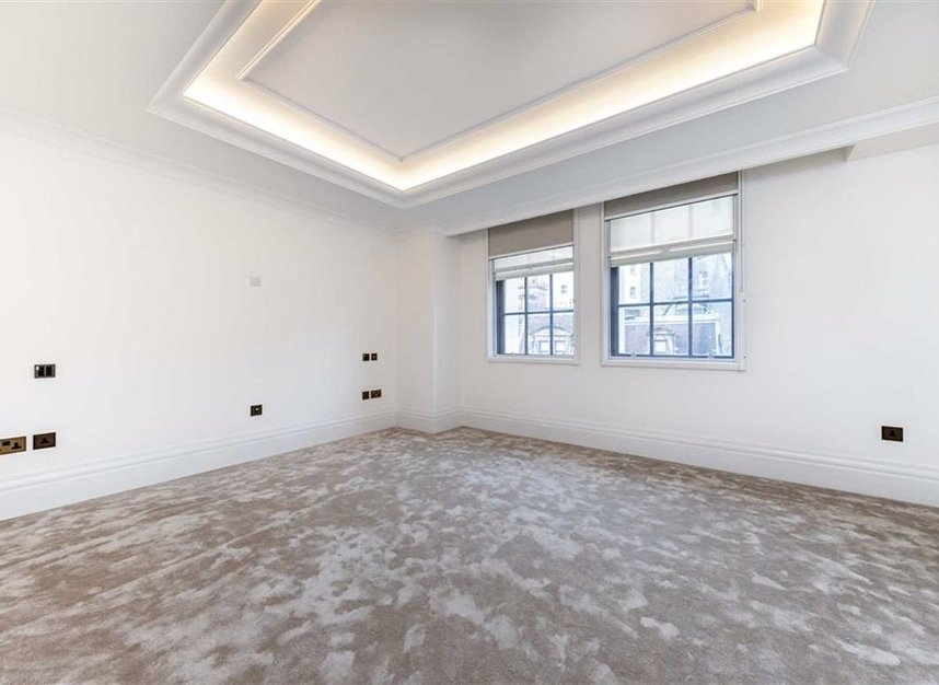 Properties to let in Whitehall Place - SW1A 2BD view10
