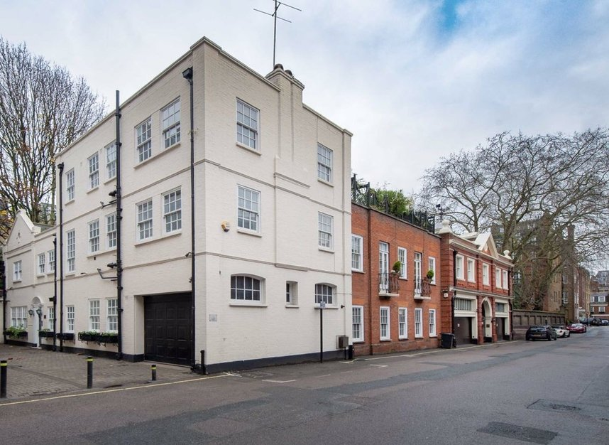 Properties to let in Woods Mews - W1K 7DL view1