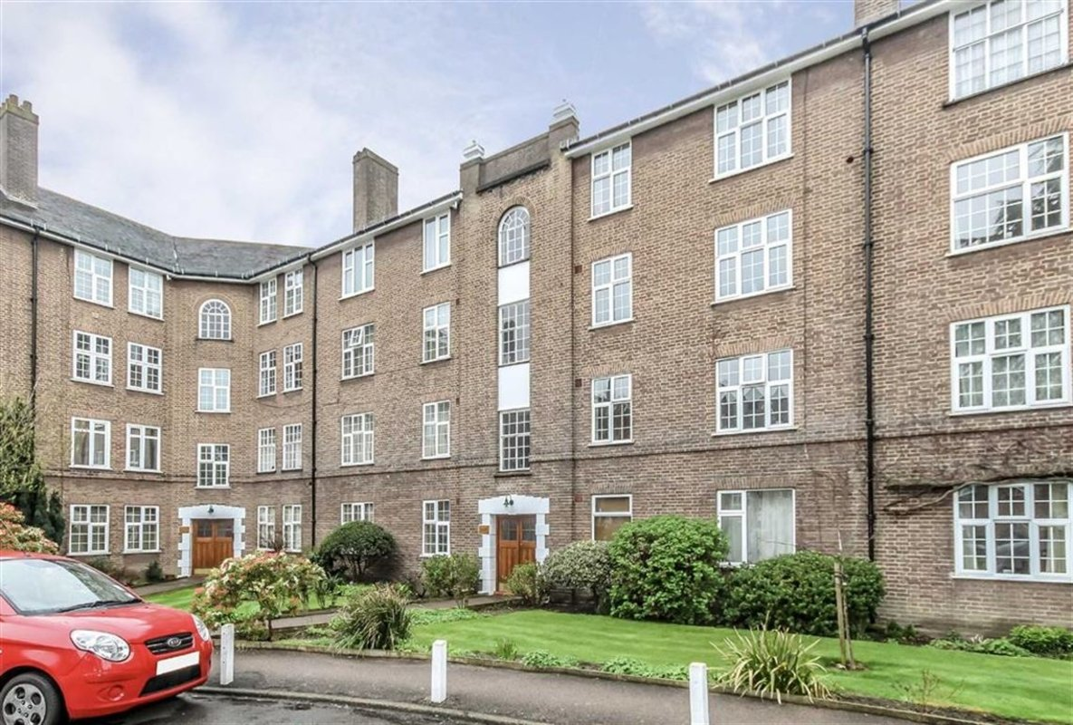 Flat For Sale In Birkenhead Avenue Kingston Upon Thames