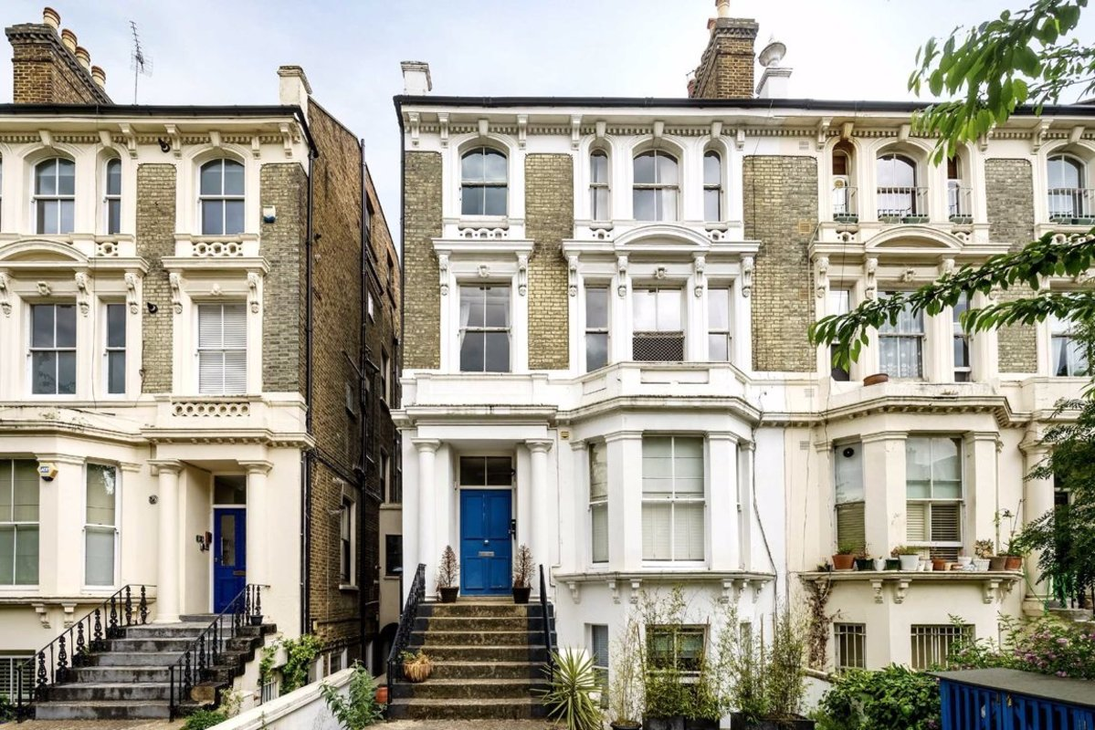 Flat for sale in Cambridge Gardens, London, W10 | Dexters