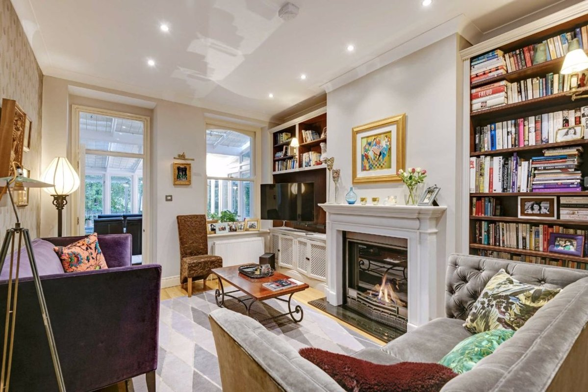 Flat for sale in Lindfield Gardens, London, NW3 | Dexters
